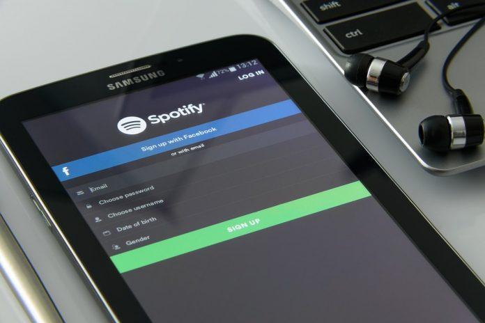 La evolución de la tecnología ha permitido que Spotify pueda predecir de acuerdo a la cantidad de reproducciones de canciones en un tiempo determinado.