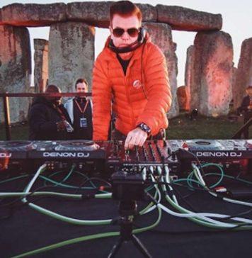 Paul Oakenfold ha hecho historia al tocar en Stonehenge