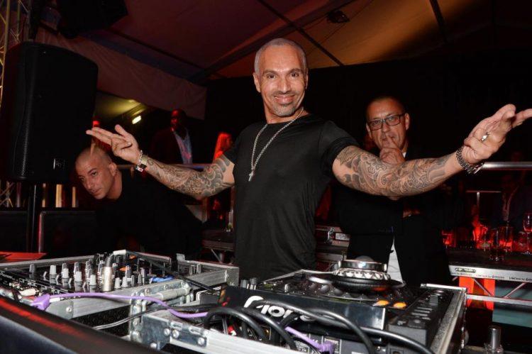 Famoso DJ arrestado en un aeropuerto bajo sospecha de contrabando de éxtasis